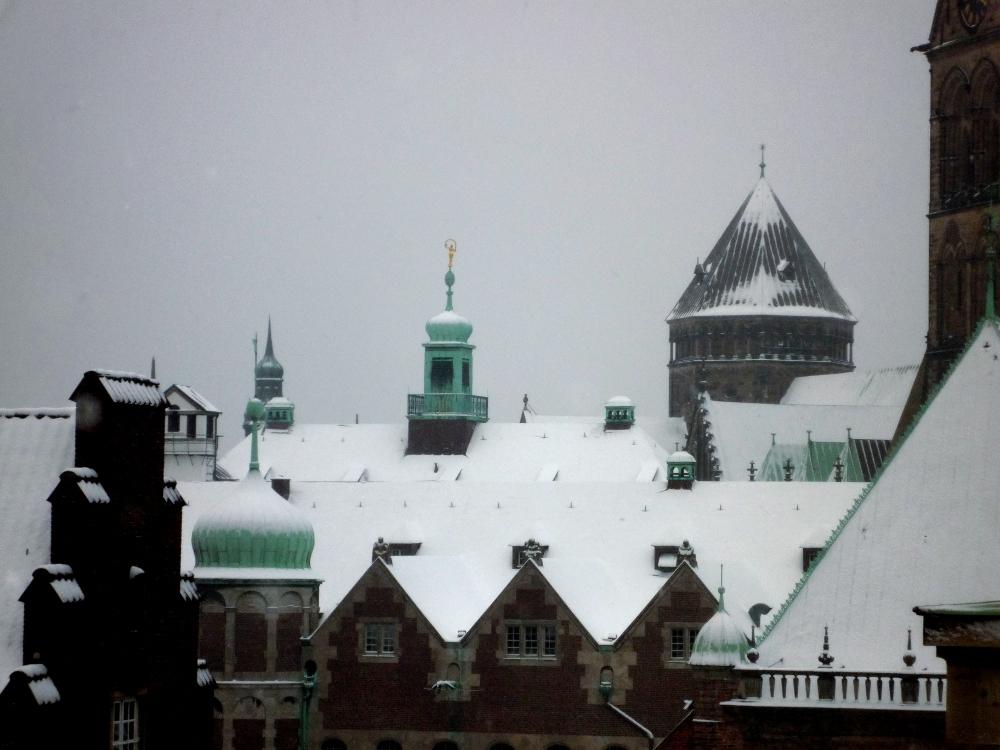Heilkundezentrum Midgard: Wintereinbruch in Bremen